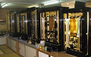 川辺仏壇展示場(南九州)